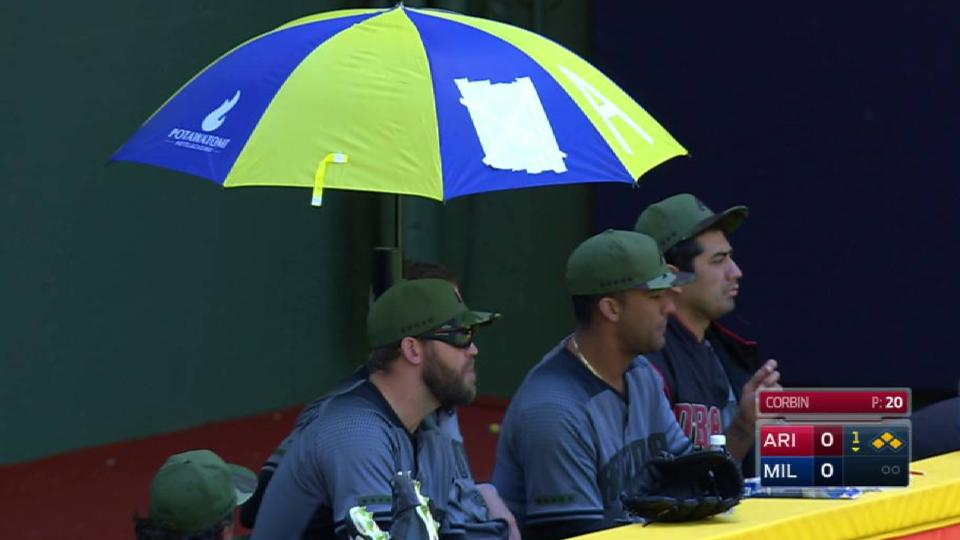 D-backs tape umbrella