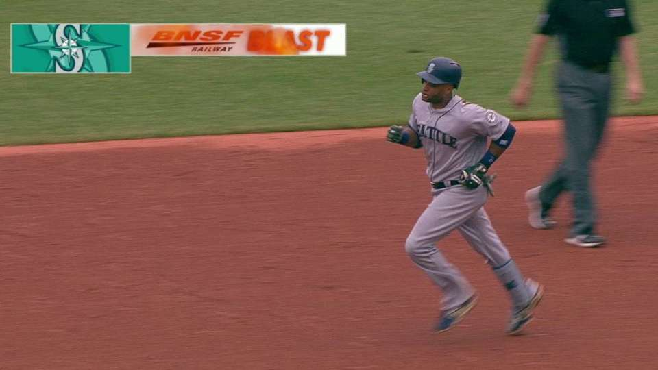 Cano's two-run homer to center