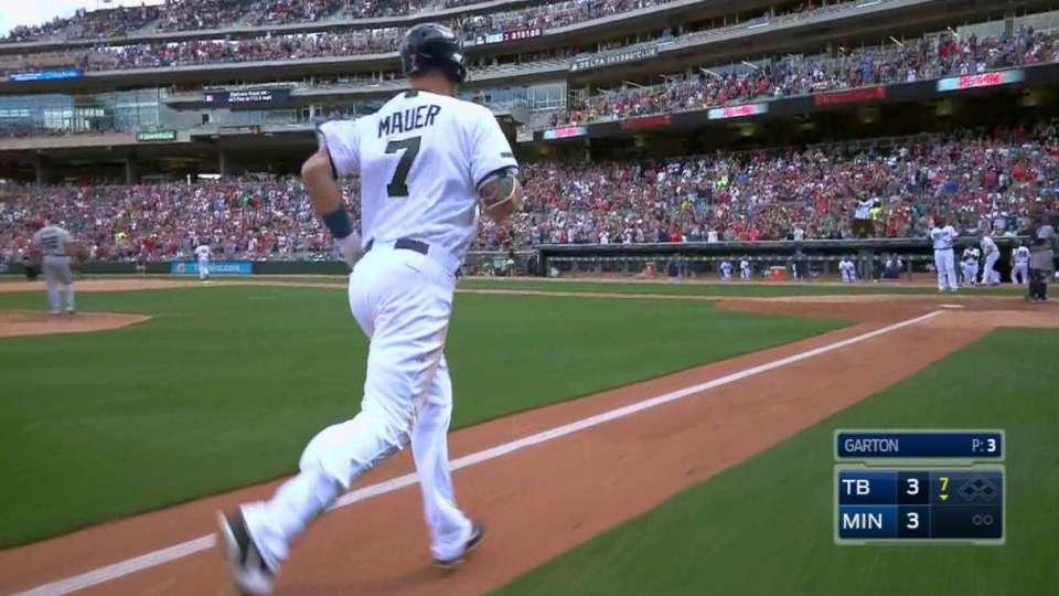 Mauer's game-tying home run
