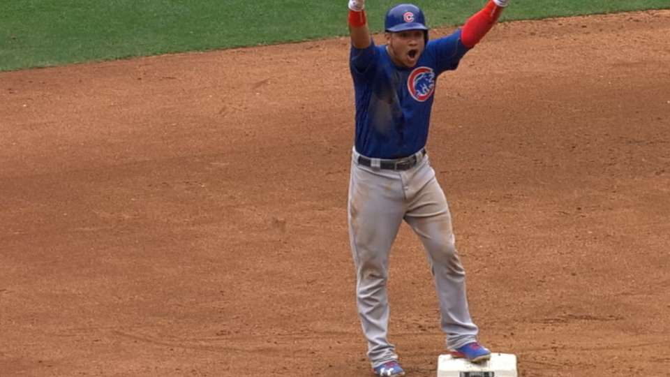 Contreras' double to left field