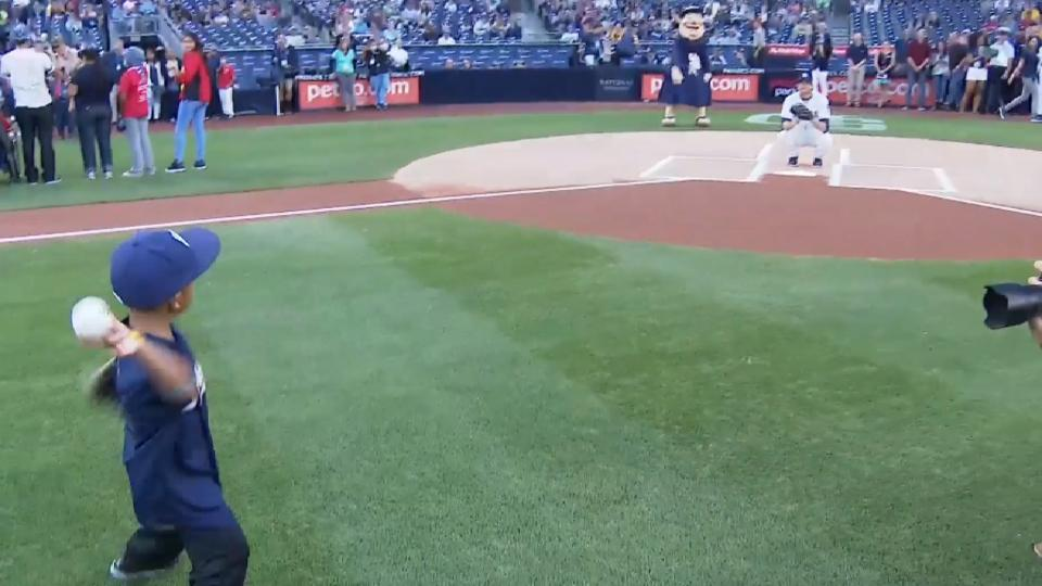 5/20/17: Corpuz's first pitch
