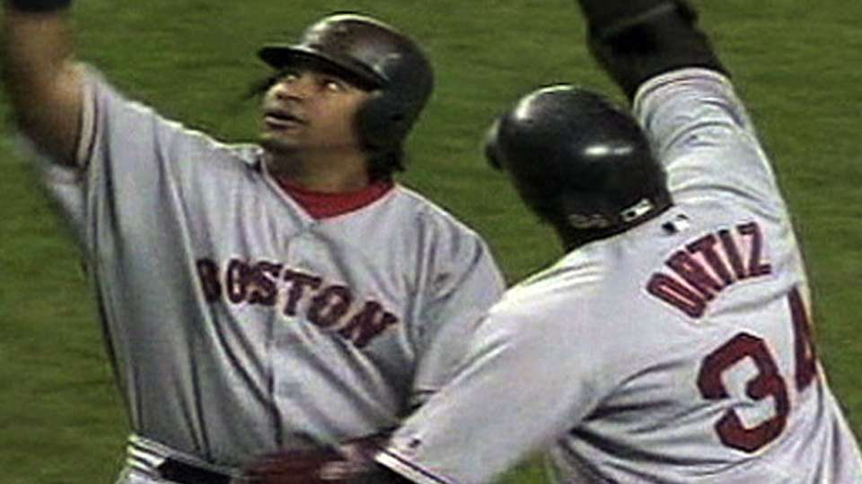 Ortiz gives Red Sox early lead