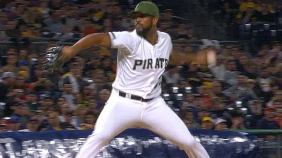 Rivero sets down Mets in order