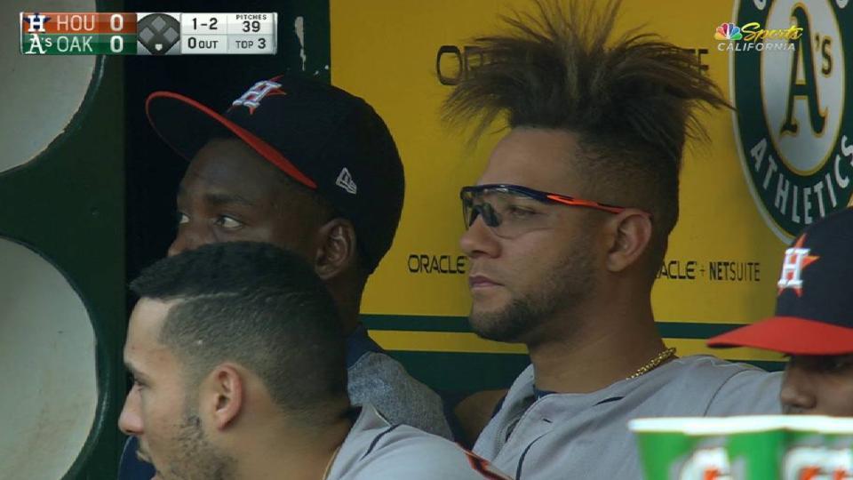 Gurriels Peculiar Haircut 06202017 Houston Astros