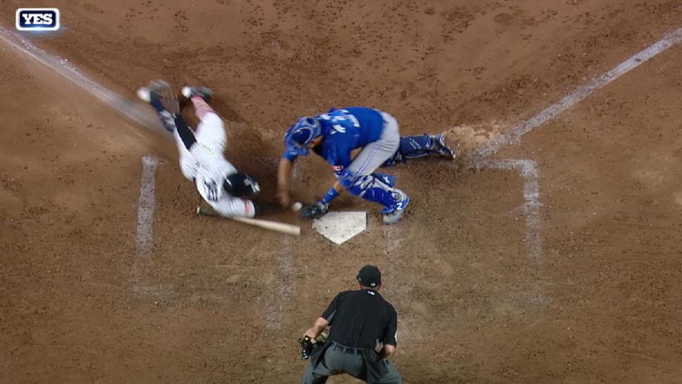 Yankees aprovechan un error