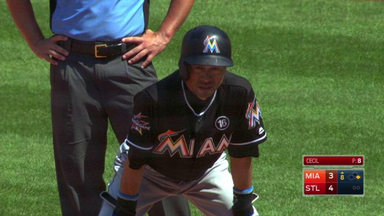 Ichiro supera a Carew en la lista de hits de todos los tiempos