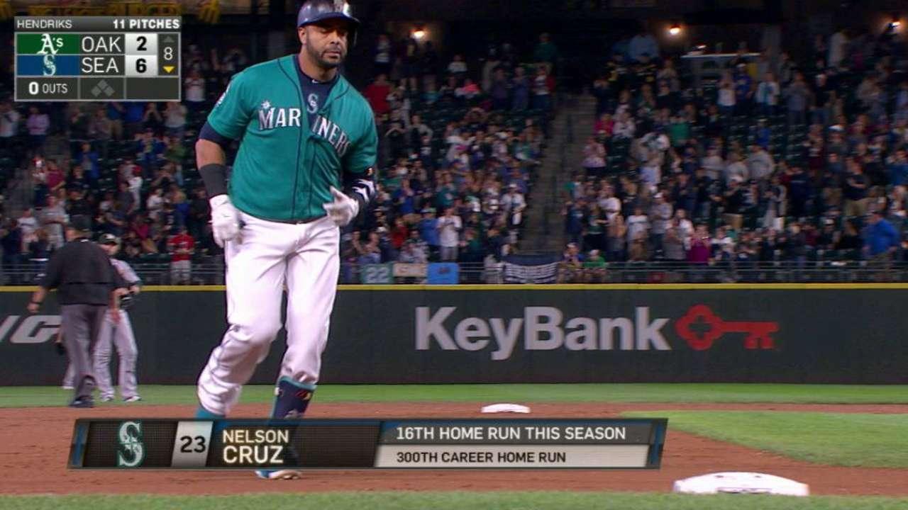 Cruz pega su bambinazo número 300 en G.L. y Seattle vence a Oakland