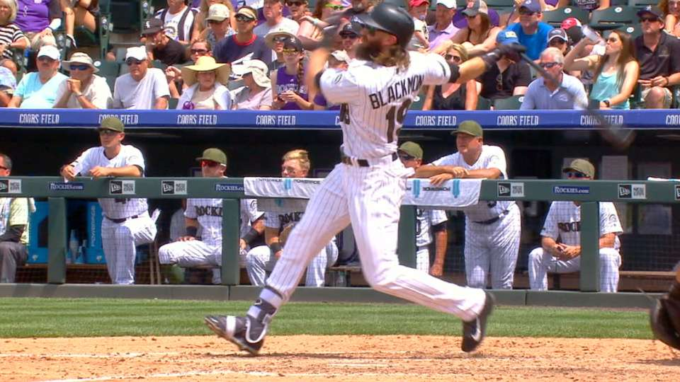 Blackmon la manda a 477 pies