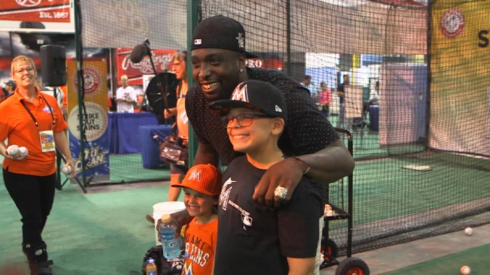 Willis enjoys time at FanFest