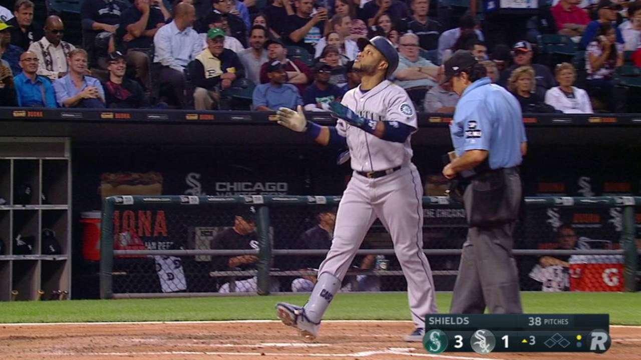 Canó sonó cuadrangular para guiar victoria de Marineros sobre White Sox