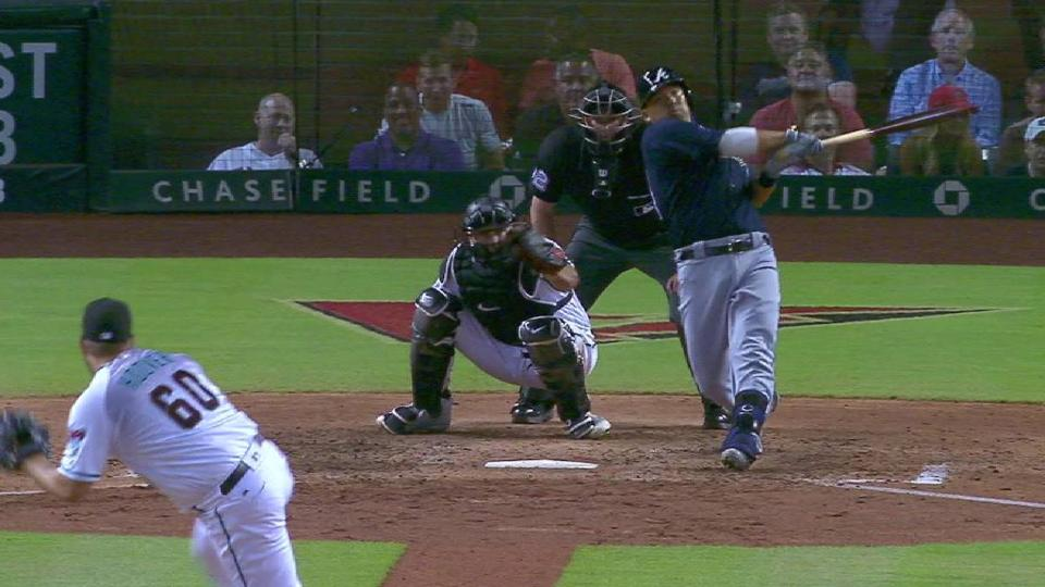 Suzuki's go-ahead two-run homer