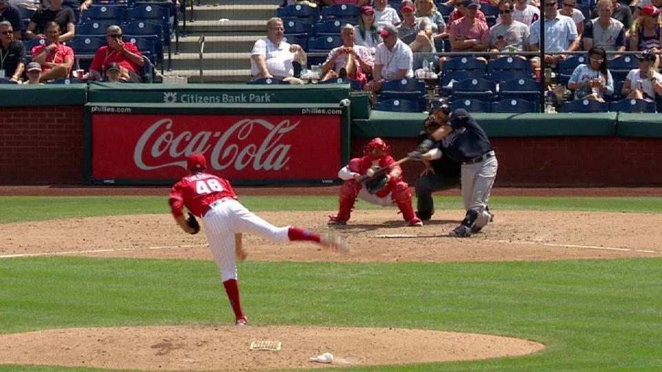 Suzuki's two-run long ball