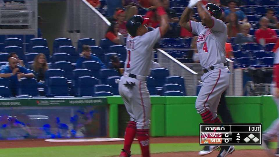 Kendrick's two-run homer