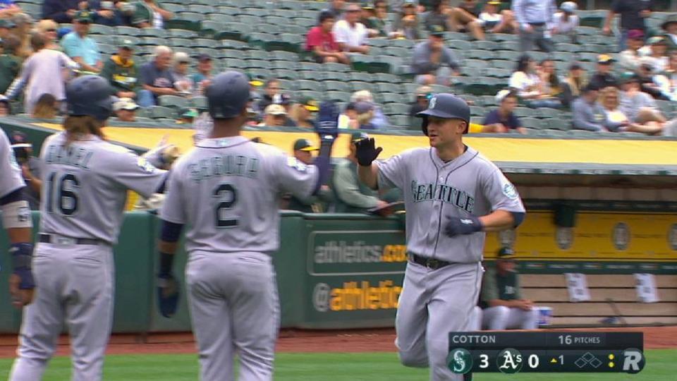 Seager's three-run home run