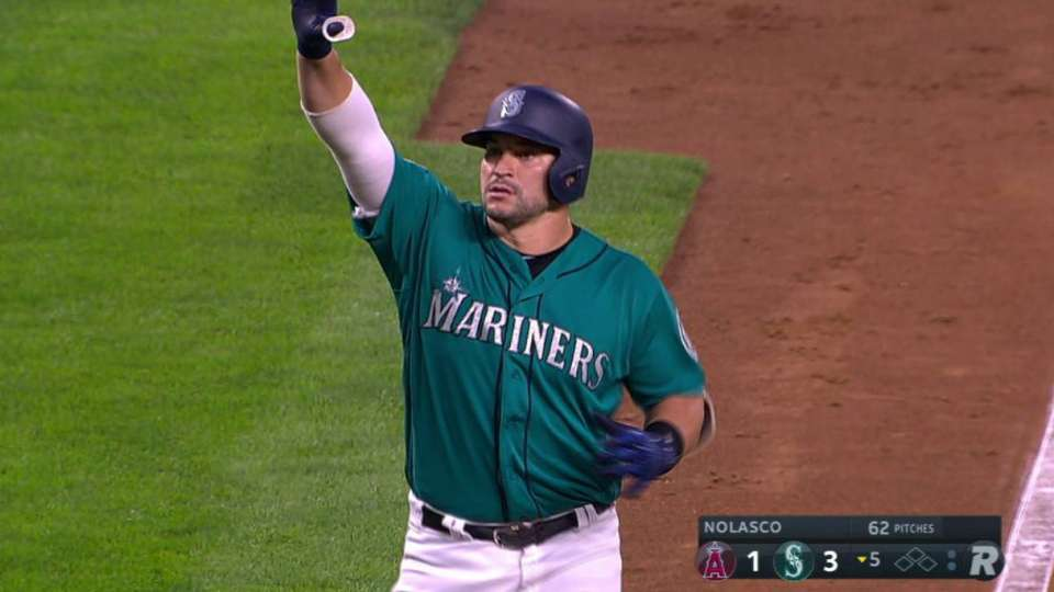 Zunino's mammoth two-run shot