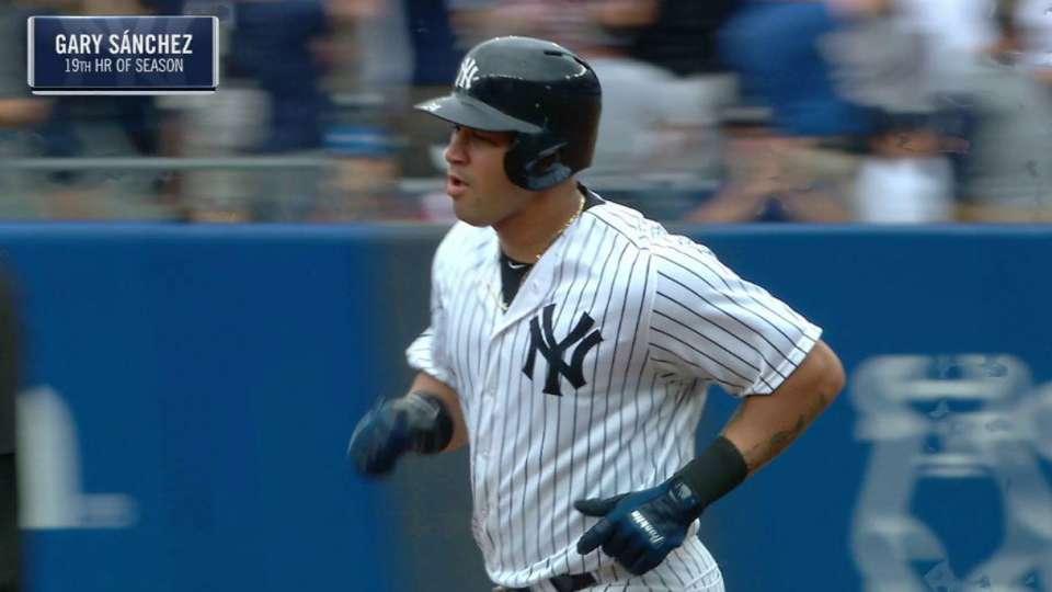 Sanchez's two-run homer