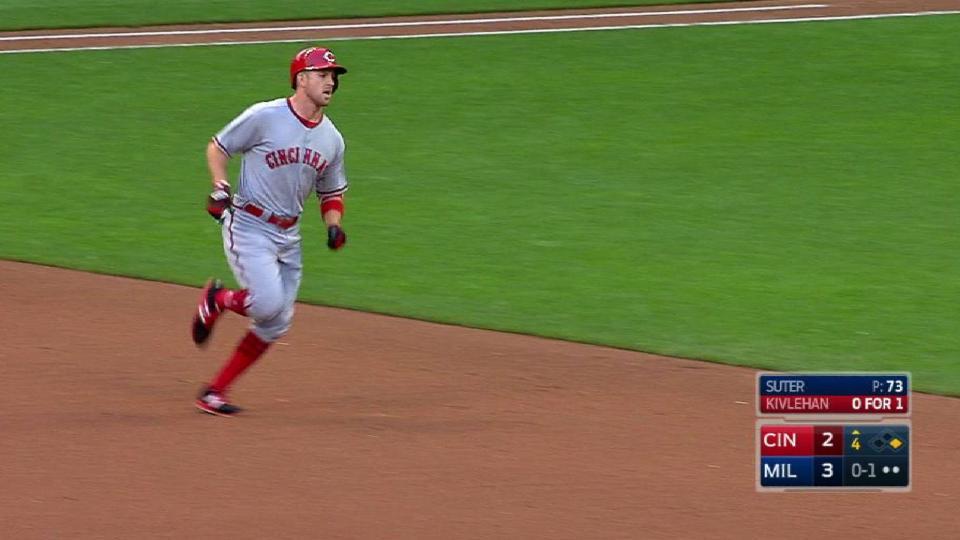 Kivlehan's two-run homer