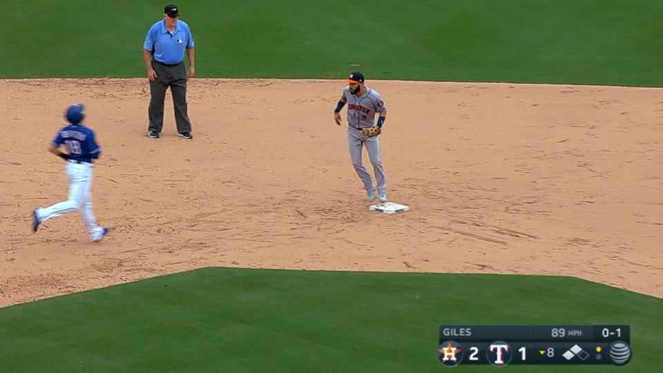 Doble play salvador de Astros