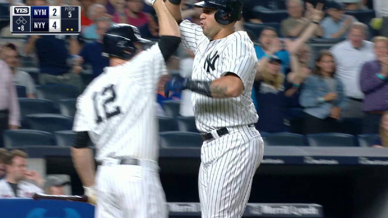 Yankees remontan a Mets con jonrones de Judge, Hicks y Sánchez