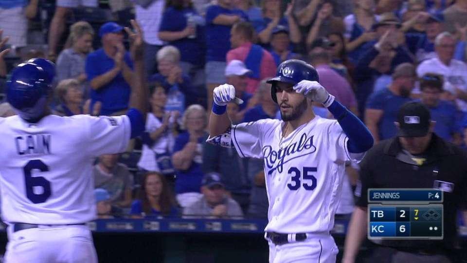 Hosmer's three-run homer