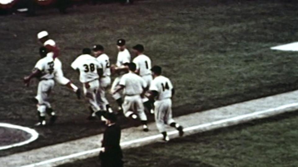 Yankees win 1961 World Series