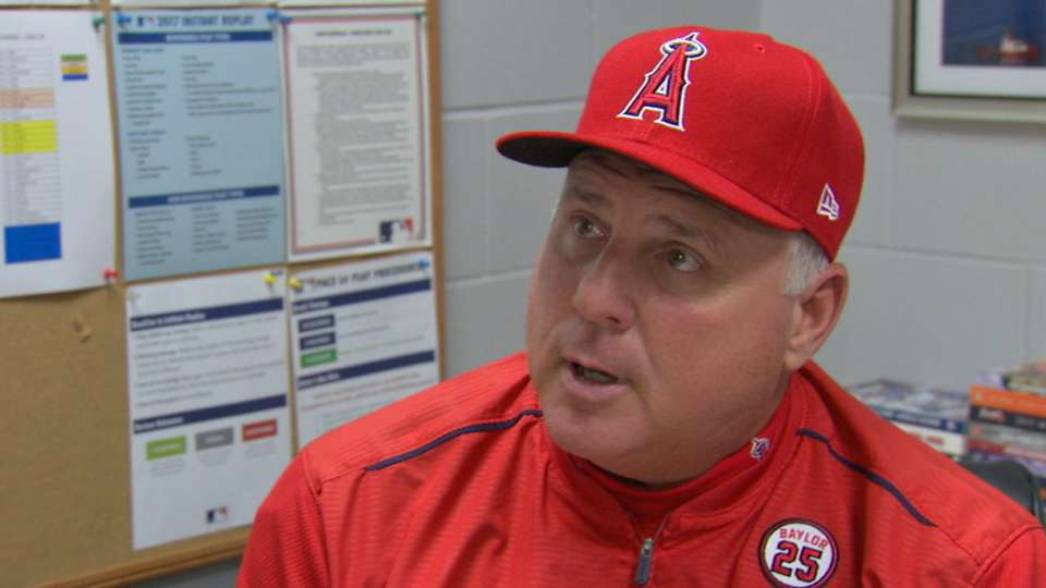 Scioscia on ejection, Heaney
