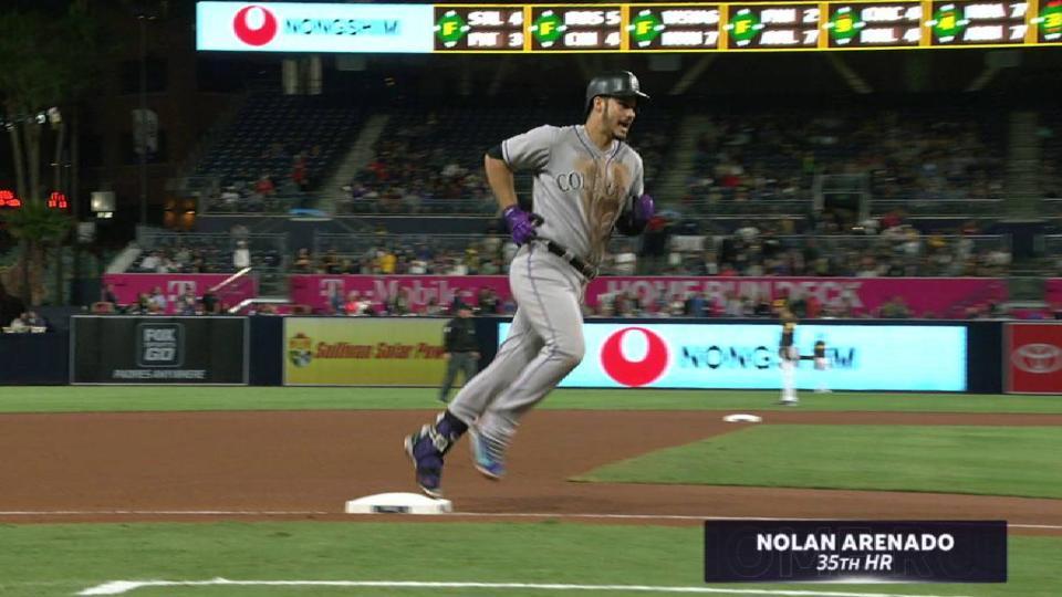 Arenado's solo home run