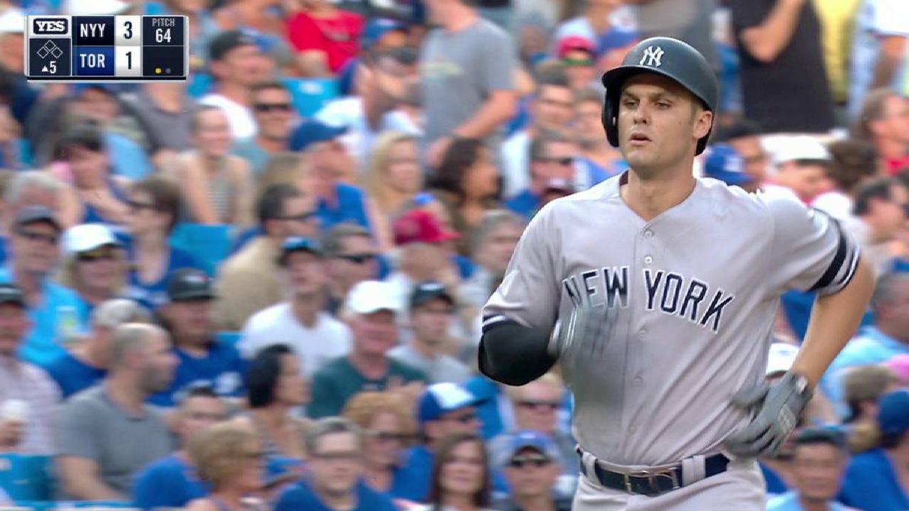 Yankees aseguran boleto a playoffs con triunfo sobre Azulejos