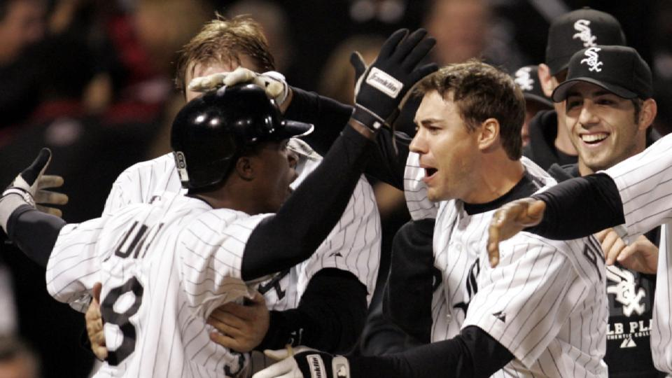 White Sox win Game 2