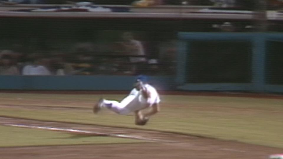 Cey's diving double play