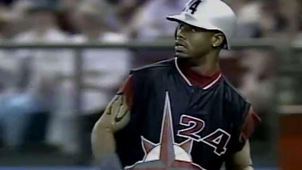 Junior's three-hit game