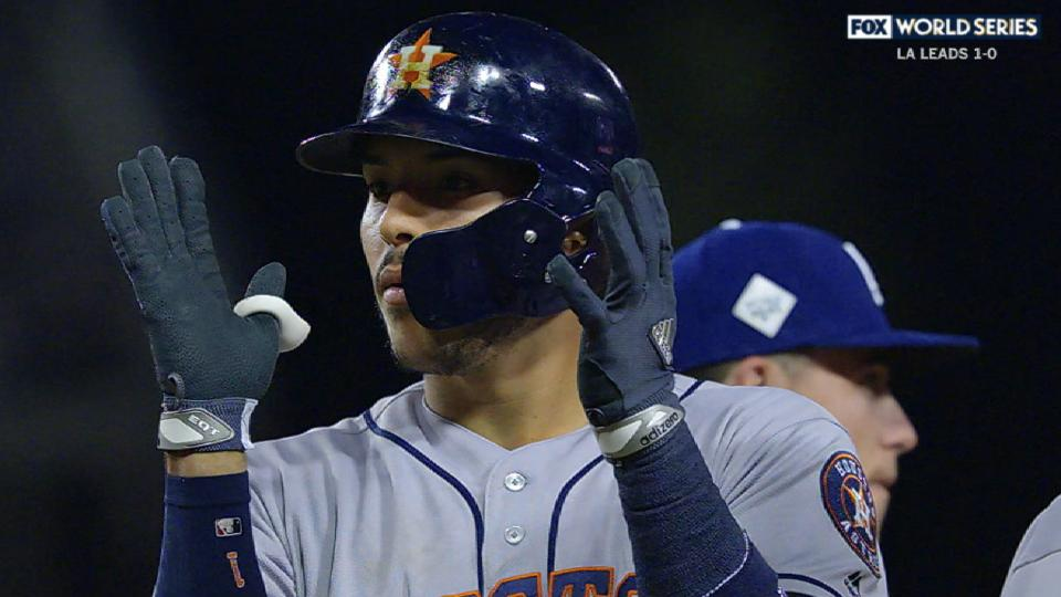 Correa's RBI single cuts deficit