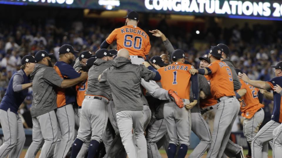 Astros win 112 games in 2017