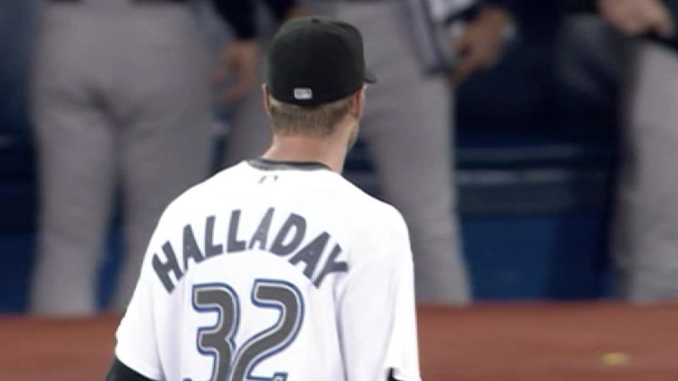 Halladay's 20th win