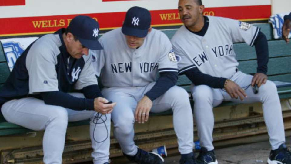 Thomson interviews with Yankees