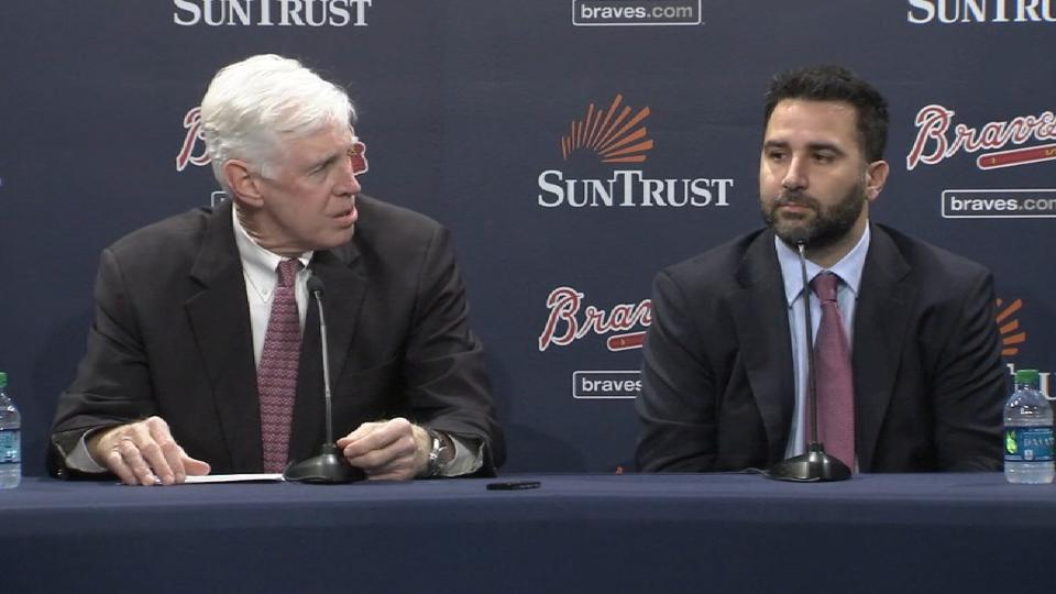 Braves name Anthopoulos GM