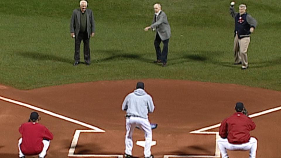Sox legends toss first pitch