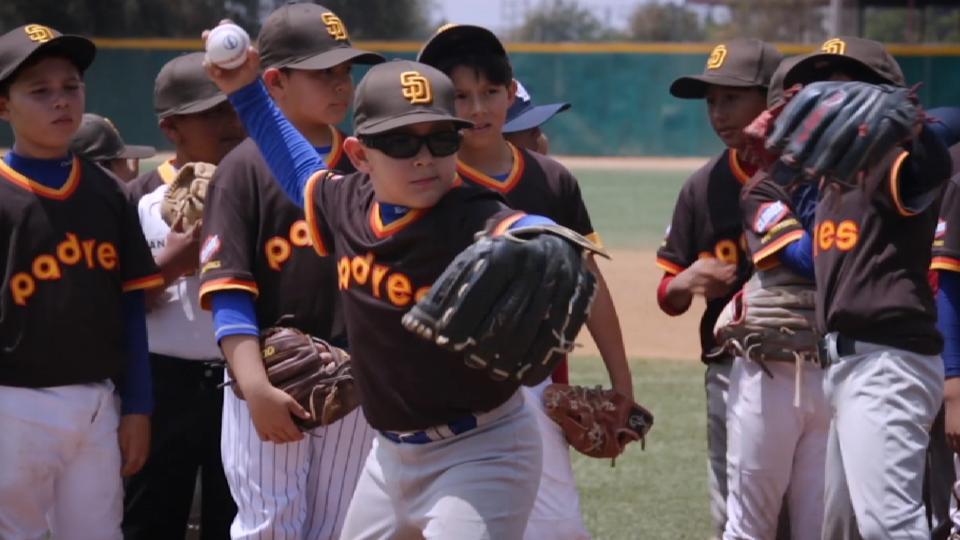 Padres, Tijuana Baseball Clinic