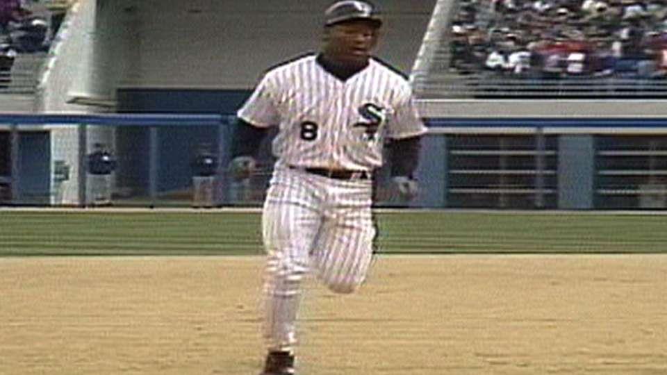 Bo's pinch-hit homer