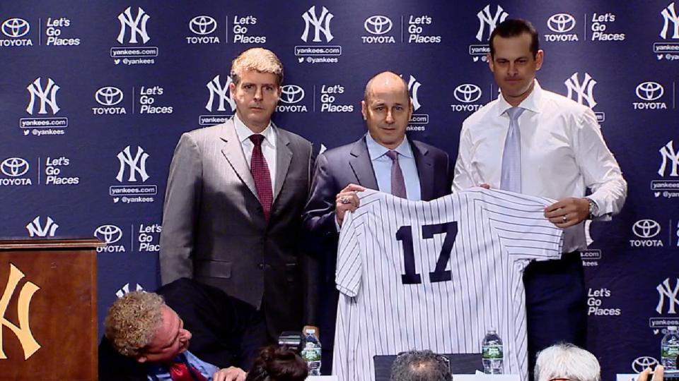 Yankees introduce Aaron Boone