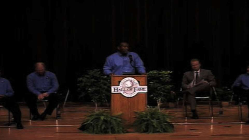 Joe Carter gets inducted