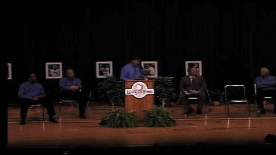 Palmeiro receives college honor