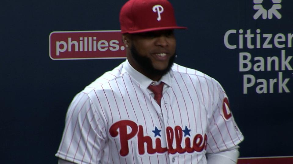 Santana happy to join Phillies