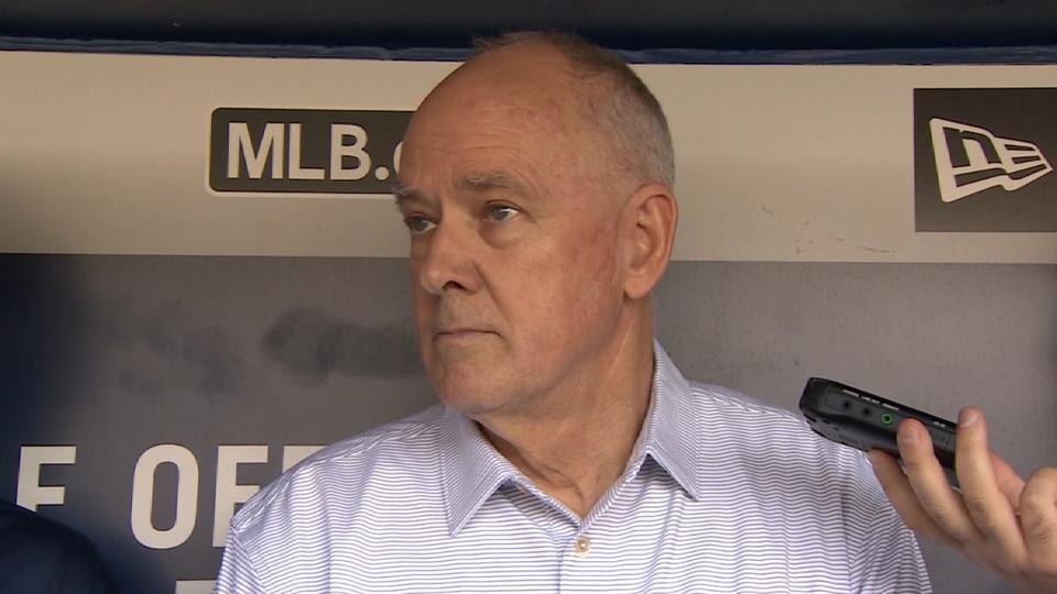 Mets extend Sandy Alderson