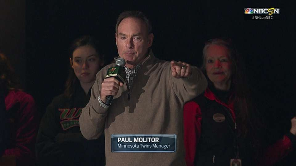 Molitor gets Wild crowd going