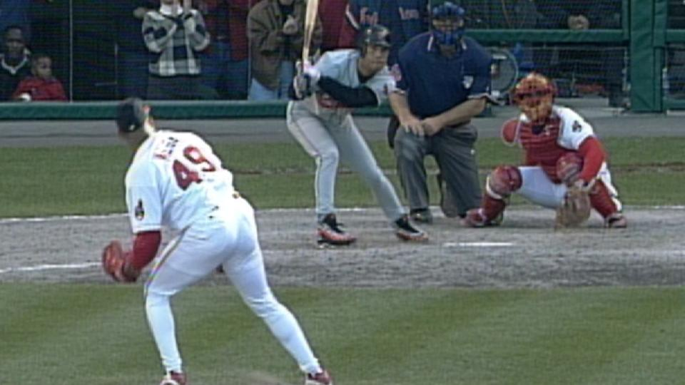 Alomar ties the game in the 9th