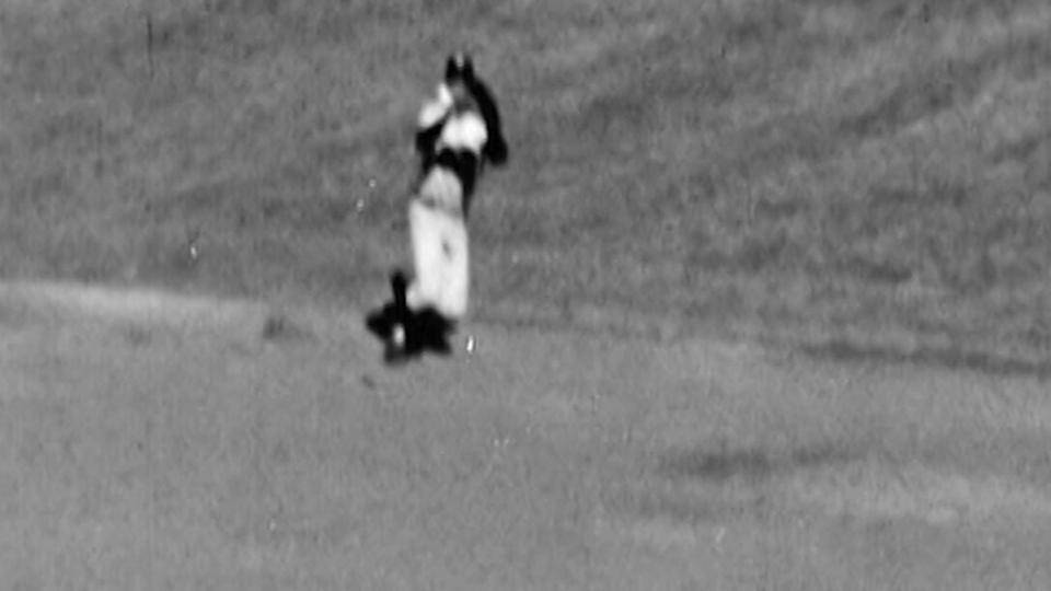 Richardson robs McCovey