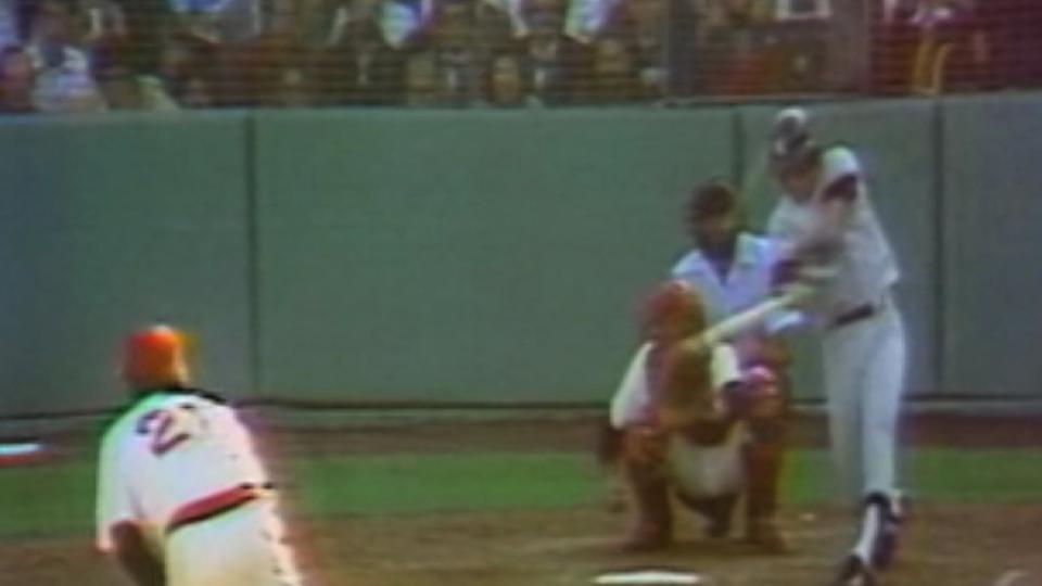 Dent dashes Sox's hopes