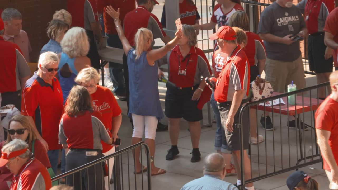 Busch Stadium Security | St  Louis Cardinals
