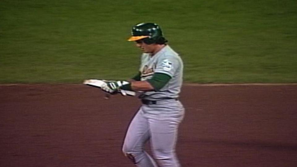Canseco founds 40/40 club